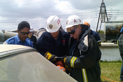 Vehicle rescue training at the Metro rescue base